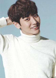Suho EXO_photo card for new winter album Sing For You Exo Smtown, Baekyeol, Chanbaek, Chansoo, Park Chanyeol Exo, Baekhyun, Tao, Exo Sing For You
