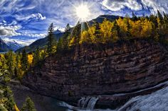 Cameron Falls Autumn Sun by Eamon Gallagher on 500px