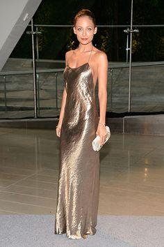 Nicole Richie in a Marc Jacobs dress, Jennifer Meyer jewelry,