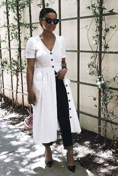 White button dress, dark wash skinny jeans, black patent heels, black cat eye sunglasses. Spring outfits, casual outfits, fashion trends 2018, casual outfits, simple outfits, dress over jeans outfits, #fashion2018 #casualstyle #springstyle #streetstyle #ootd #minimaliststyle #fashionblogger #dressoverjeans