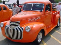 One saweet old Chevy pickup....