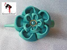 Japanese flower tsumami kanzashi hair by kanzashilandShop on Etsy