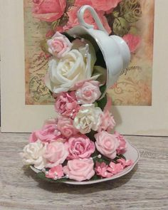 Floral Centerpieces, Floral Arrangements, Diy Flowers, Paper Flowers, Diy Craft Projects, Diy And Crafts, Cup And Saucer Crafts, Floating Tea Cup, Teacup Crafts