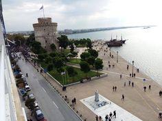Η φωτογραφία της ημέρας: Θεσσαλονίκη Καλημέρα σας!!  Νοεμβριος 4, 2015 Macedonia Greece, Thessaloniki, Paros, Louvre, City, Building, Travel, Beautiful, Viajes