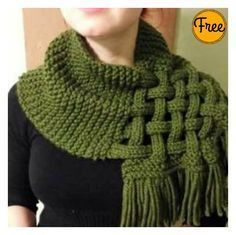 Celtic Knot Looped Scarf Free Knitting Pattern