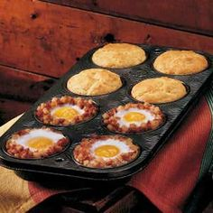 Breakfast in a muffin tin,   •1 can (15 ounces) corned beef hash  •6 eggs    •Salt and pepper to taste  •1 pckg (8-1/2 ounces) corn bread/muffin mix