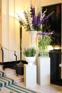 Florist McQueens...and their beautiful work in Claridge's Hotel | Flowerona