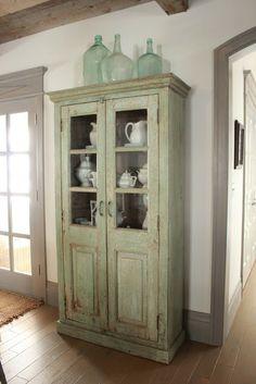 cabinet color [Décor de Provence: Our New Home!]