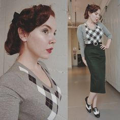 """1,583 Likes, 63 Comments - Rachel Maksy (@rachel_maksy) on Instagram: """"I've been really into pencil skirts lately. Also for those who watch Gotham, I am totally…"""""""