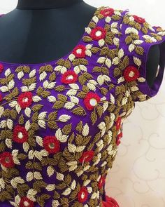 Alluring handwork motifs crafted with so much intricacy and perfection! Beautiful purple color designer blouse with floret lata design hand embroidery thread work. Wedding Saree Blouse Designs, New Blouse Designs, Saree Blouse Neck Designs, Maggam Work Designs, Designer Blouse Patterns, Work Blouse, Embroidery Thread, Couture Embroidery, Embroidery Designs