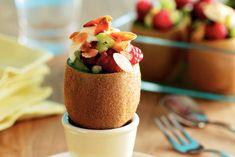 Kijk wat een lekker recept ik heb gevonden op Allerhande! Kiwi's met fruitsalade en vanillekwark