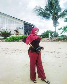 Hijab Chic, Girl Hijab, Suits, Instagram Posts, Nice, Fashion, Moda, Fashion Styles, Fasion