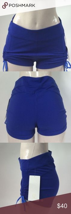 *379 LULULEMON BLUE LIBERTY SHORTS SIZE 10 LULULEMON BLUE LIBERTY SHORTS SIZE10 HIGH RISE, SHORTY SHORTS WERE DESIGNED TO GIVE YOU JUST ENOUGH COVERAGE IN YOUR SWEATIEST CLASSES. FULL ON LUON FABRIC GIVES INCREDIBLE COVERAGE & SUPPORT WITH A COTTONY SOFT FEEL. SWEAT WICKING & FOUR WAY STRETCH  ADJUST THE CINCHABLE DRAWCORDS TO CUSTOMIZE YOUR LOOK. NO DIG WAISTBAND LIES FLAT AGAINST YOUR SKIN. HIGH RISE SHORT LENGTH  HUGGED SENSATION  **NO TRADES** lululemon athletica Shorts