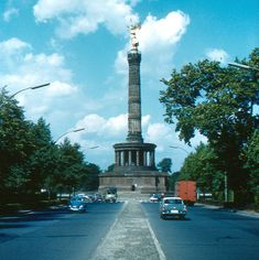 Berlin - Siegessäule | The Victory Column was designed in 18… | Flickr West Berlin, Berlin Berlin, Brandenburg Gate, East Germany, Cn Tower, Denmark, Wwii, Statue Of Liberty, Victorious