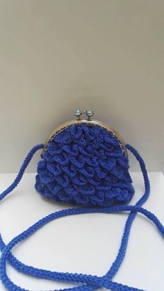Crocodile Stitch, Blue Flowers, Bag Making, Winter Hats, Creations, Sewing, Etsy, Fashion, Handmade Gifts