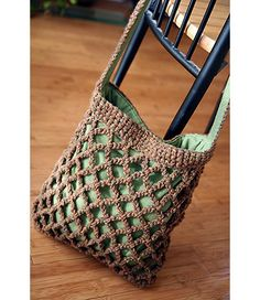Lines Crochet Bag.. what a stylish and cute bag