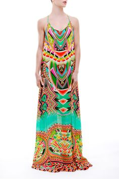 The elegant Shahida Parides Cleopatra Slip Dress contains an adjustable Criss-Cross straps in the back to adjust the height. Travel Style, Travel Fashion, Tropical Dress, Printed Jumpsuit, Cleopatra, Day Dresses, Designer Dresses, Vacation Wear, Plus Size
