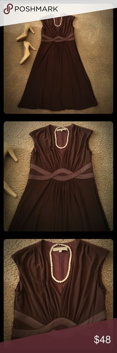 Gorgeous Evan-Picone Chocolate Brown Dress Size 6 Great Condition; Worn Once; Chocolate Brown-Colored Evan-Picone Dress with Elegant Satin Detailing Across Entire Waistline; Slight Cinched Front Details Enhances the Figure-Flattering Elegance of this Dress! Sleeveless; Hidden Side Zipper Closure; V-neck; Beautiful Dress for the Office or Cocktail Hour! Size 6; Approximate Measurements: Length 41in, Bust 17in, Waist 16in; Dress has some stretch to it! Always a good thing! 😀 ⭐️Reasonable…