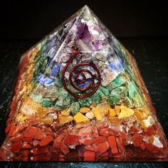 Orgonite Pyramid Chakra - (Orgone, Red Jasper, Yellow Jasper, Green Aventurine, Sodalite, Amethyst, Gold, Copper, Quartz)