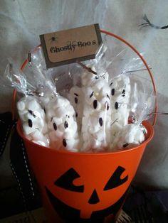 Treats at a Halloween Party #halloween #partytreats
