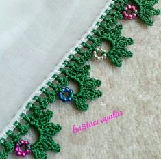 Crochet Borders, Crochet Lace, Crochet Patterns, Embroidery On Clothes, Crochet Decoration, Elsa, Diy And Crafts, Crochet Earrings, Crochet Blankets