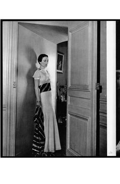 Mrs. Wallis Simpson in an organza dress, at the Château de Candé, 1937