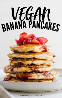 These delicious, vegan banana pancakes with berries are oil, egg and dairy-free and very easy to make with simple, everyday ingredients for a quick vegan breakfast.