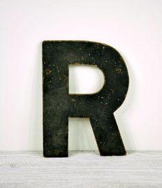 Vintage Sign Letter / Letter R Vintage Lettering, Lettering Design, Letter Symbols, Letter Wall, Typography Letters, Letters And Numbers, Rustic Design, Modern Wall, Vintage Signs