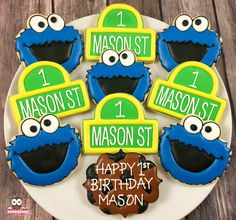 Sesame Street Cookies, Cookie Monster Cookies 1st Birthday Foods, Monster First Birthday, Monster 1st Birthdays, Elmo Birthday, Happy 1st Birthdays, First Birthday Cakes, Birthday Cookies, Birthday Ideas, Sesame Street Cake