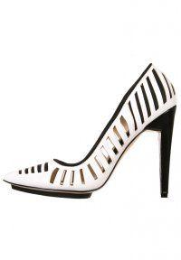 gx by Gwen Stefani - ADDIE - Højhælede pumps - white. High Heel ...