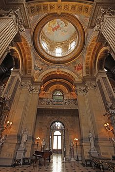 This is the Great Hall at Castle Howard in Yorkshire. which has a fabulous painted dome rising 70 feet into the air, dramatic columns and frescos. You can hold a drinks reception for up to 200 guests in the Great Hall; in the summer your guests can stroll on the lawns of the south Parterre and enjoy the views of the Atlas fountain, while in the winter a roaring fire will keep everyone warm. As featured in Your Yorkshire Wedding issue 8, image courtesy of www.petersmith.com