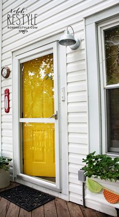 Yellow Back Door with Front Door Paint by Modern Masters | Color: Happy| Project: Robb Restyle