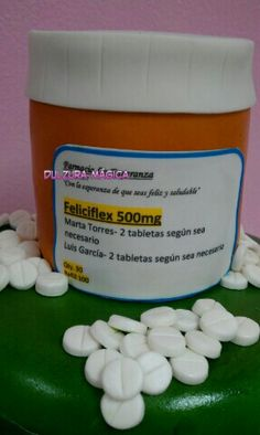 Happy pills for retirement cake