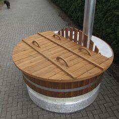 skargards hot tubs pflegeleichter holzbheizter badezuber badebottich aus kunststoff. Black Bedroom Furniture Sets. Home Design Ideas