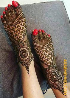 Trendy bridal henna hands and feet mehandi designs Ideas Dulhan Mehndi Designs, Mehandi Designs, Mehendi, Latest Bridal Mehndi Designs, Legs Mehndi Design, Mehndi Designs For Girls, Mehndi Design Photos, Wedding Mehndi Designs, Unique Mehndi Designs