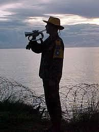 Anzac Day (April marks the anniversary of the landing at Gallipoli in 1915 by the ANZACS - Australian and New Zealand Army Corps Anzac Day Australia, Australia Travel, Anzac Soldiers, No Mans Land, Lest We Forget, Remembrance Day, World War, History, Maps Video