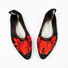 vtg ethnic blk ASIAN CHINESE FLORAL EMBROIDERED slip on BALLET slipper flats 5.5 $18.00
