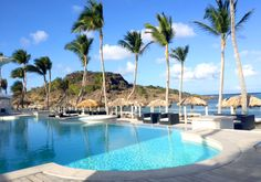 Lovely time this weekend in St Barthelemy, while we were enjoying this view... Weekend are made for relaxing, it's time now to be ready for the new week!  #TajbySabrina #HappyWeek #StBarthelemy #Weekend #Relaxing #Vacation #Sun #Resort
