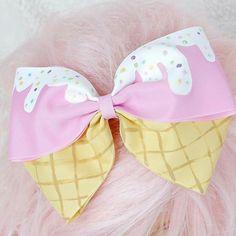 Ice Cream Hair Bow Pink Barrette Kawaii by HypnoticSweetTreats Hair Cream Cream Hair Bows, Diy Hair Bows, Ribbon Hair, Mode Kawaii, Kawaii Diy, Kawaii Crafts, Kawaii Style, Cute Cheer Bows, Big Bows