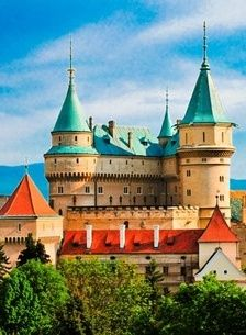 Bojnice Castle, Slovakia-home sweet home!coming back in few days to see this beauty again Bratislava, Fantasy Castle, Fairytale Castle, Castle Ruins, Medieval Castle, Beautiful Castles, Beautiful Buildings, Beautiful Places, Architecture Old