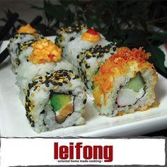 Deliciosos rollos de sushi  #leifong  #sushi Tel. 2563-7541