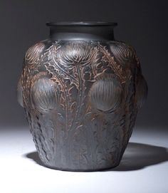 "693: R. LALIQUE ""Domremy"" vase, circa 1926, i : Lot 693"