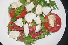 Lammfilet mit Peperonata Caprese Salad, Mayu, Food, Food Portions, Recipies, Popular, Essen, Meals, Yemek