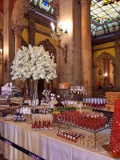 Unique Wedding Catering Ideas for the Big Day – MyPerfectWedding Candy Bar Wedding, Wedding Desserts, Wedding Table, Dessert Buffet, Candy Buffet, Dessert Bars, Mexican Candy Table, Wedding Cake Alternatives, Food Displays
