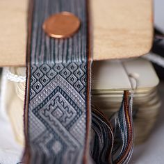 Rediculously fine weaving.  Something to aspire to! 176 threads.  New Knot by KurtFML, via Flickr