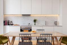 16 Trendy Kitchen Design Layout One Wall Chairs One Wall Kitchen, Kitchen Living, New Kitchen, Kitchen Decor, Living Room, Kitchen Ideas, Kitchen Images, Kitchen Units, Kitchen Paint
