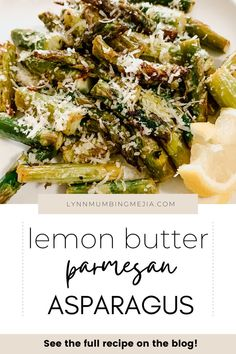 Do you love having asparagus during the spring and summer season? Asparagus is the perfect vegetable side dish for your dinner! This is a super easy baked asparagus recipe that's delicious with lemon, butter, parmesan, garlic and cooked to perfection in the oven! Read the full recipe on Baked Lemon Butter Parmesan Asparagus on the blog now! #asparagusrecipe #asparagus #sidedish Parmesan Asparagus, Baked Asparagus, Asparagus Recipe, Quick Vegetarian Meals, Lemon Butter, Oven Roast, Spring Recipes, Vegetable Side Dishes, Stuffed Peppers