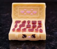 Shopkins-Season-3-Chocky-Box-Ultra-Rare-Out-Of-Package-Never-Played-With