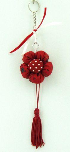 Chaveiro feito com Tecido, Flor de Fuxico