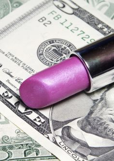 25 easy money saving beauty tips!